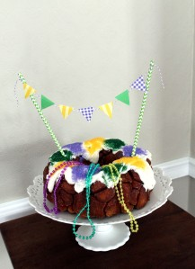 king cake | polka dots and picket fences