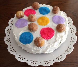 polka dot doughnut hole cake | polka dots and picket fences