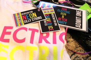 neon fun followed by an electric run | polka dots and picket fences