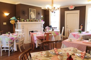 tea time | polka dots and picket fences